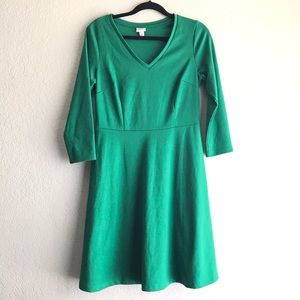 3/4 green sleeve A-line dress size small